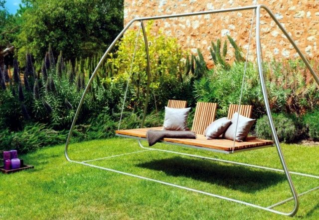 Set A Swing in Your Garden